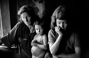 Two Americas  © JIM MARSHALL PHOTOGRAPHY LLC